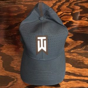 Nike Tiger Woods fitted baseball cap